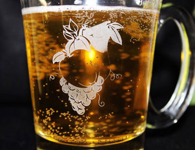 engraved apple glass mug