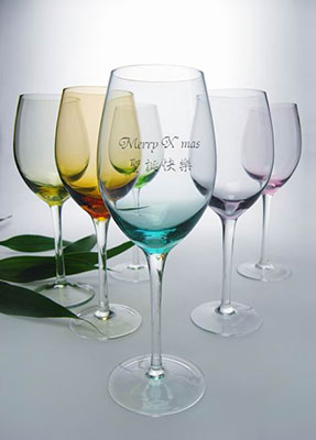 Personalized Engraved Wine Glass / Goblet with Christmas
